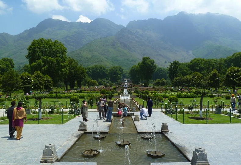 essay on nishat bagh Jallianwala bagh amristar kerala mughal garden new delhi nishat bagh srinagar gate 2015 question papers with answers for me.